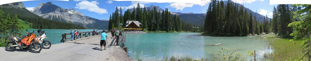 CANADA---YOHO-NATIONAL-PARK---EMERALD-LAKE-Resize